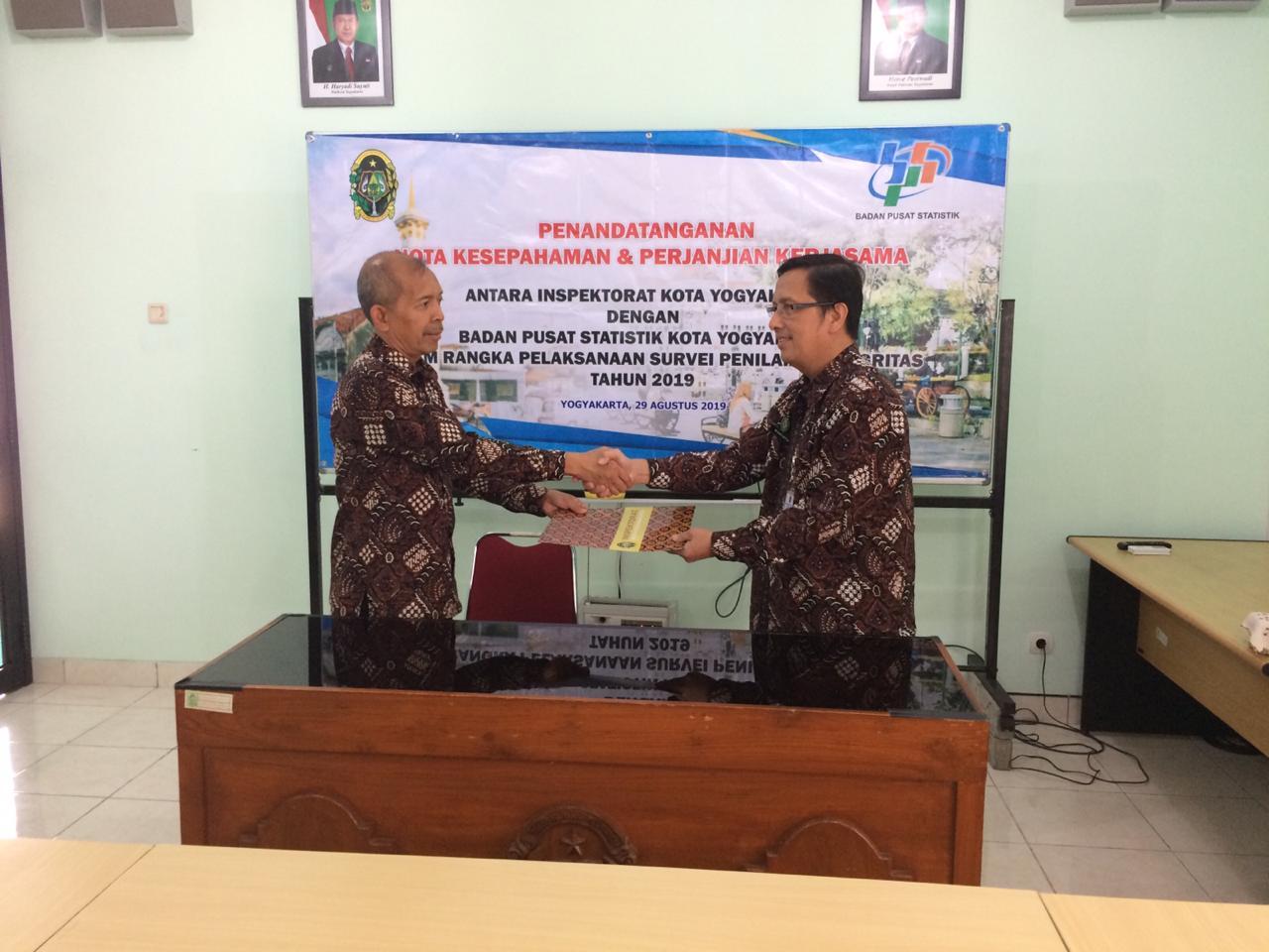 Penandatanganan Nota Kesepahaman dan Perjanjian Kerjasama Inspektorat - BPS Kota Yogyakarta
